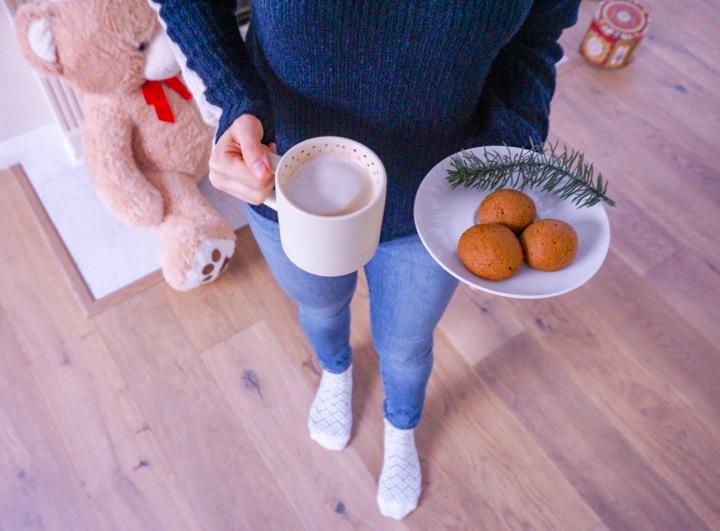 My favorite gingerbread cookies: vegan andsugar-free